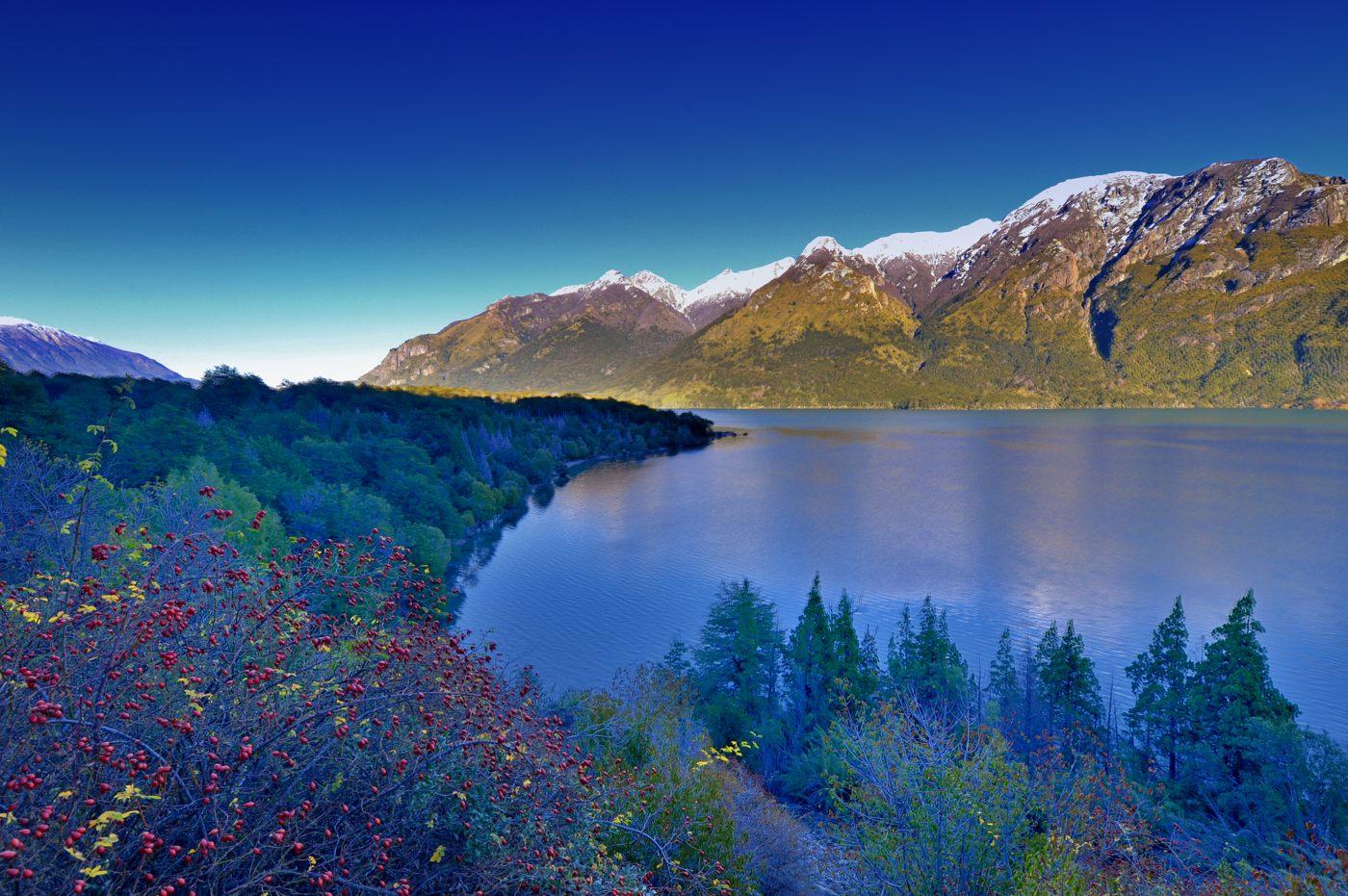 Lago Futalafquen - Chubut - Argentina