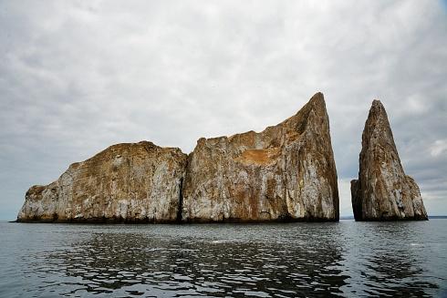 León Dormido, Galápagos