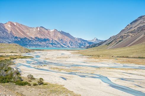 Río Lácteo y Lago Volcán