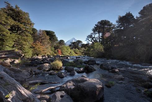 Río Malleo y voclán Lanin